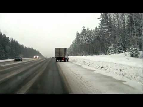 img_15137_horrific-car-crash-truck-vs-nissan-navara-in-russia