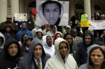 08-people-commemorate-17-year-old-trayvon-martin-killed-by-george-michael-zimmerman-while-on-neighborhood-watch-patrol-in-sanford-florida