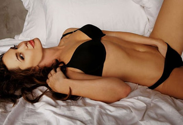 299917_fullsizeimage_angelina-jolie-black-underwear-laying-on-bed.jpgx