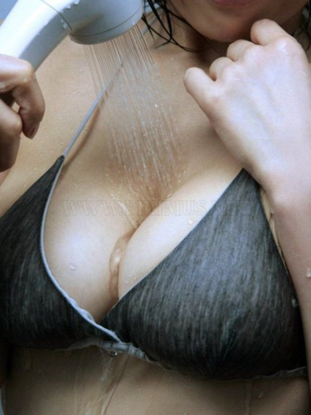 big-breasts-34