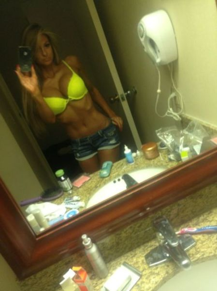 sexy-self-shot-mirror-pics-44