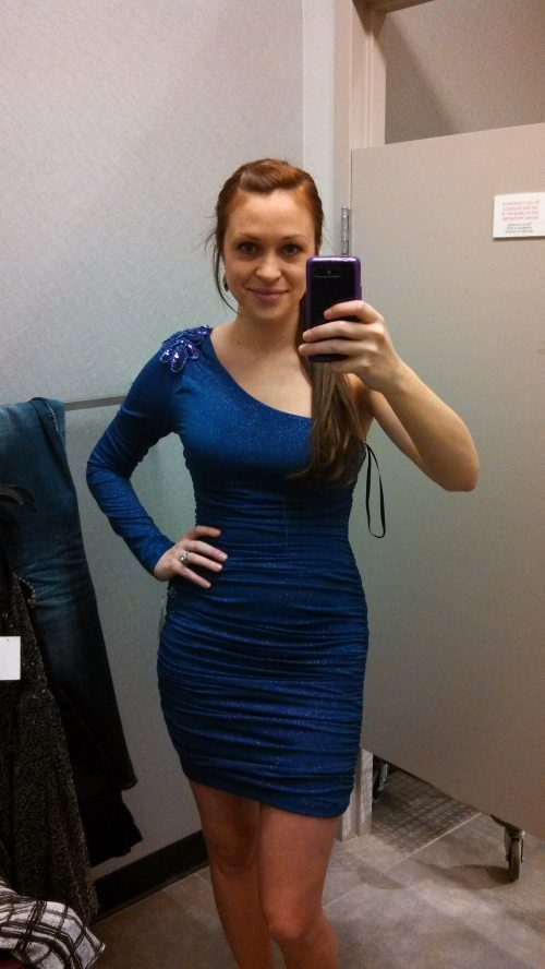 sexy-women-in-tight-dresses-0