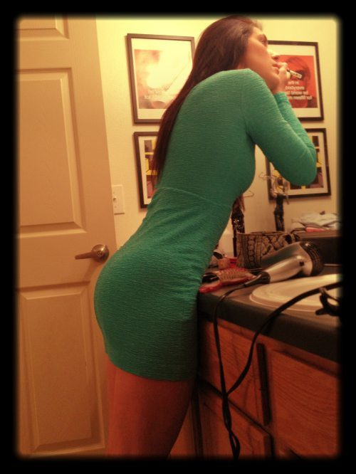 sexy-women-in-tight-dresses-10