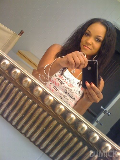 sexy_self_shot_mirror_pics_08